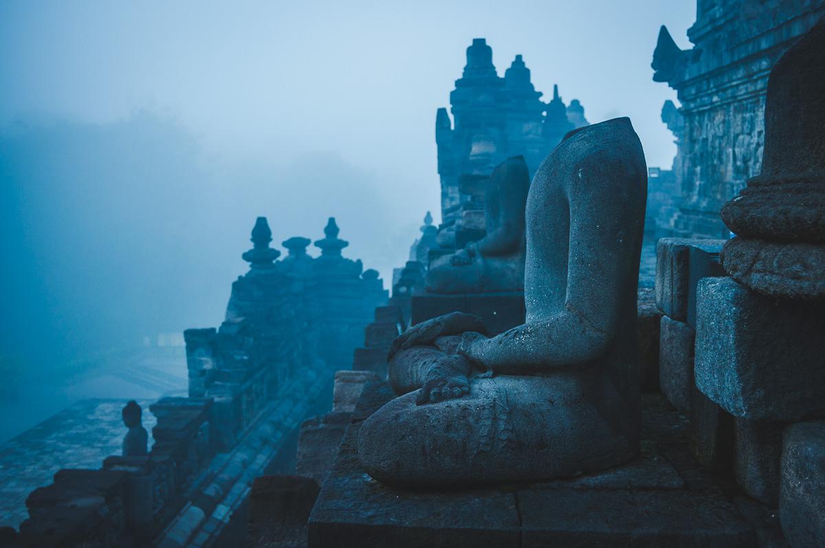 boeddha zonder hoofd