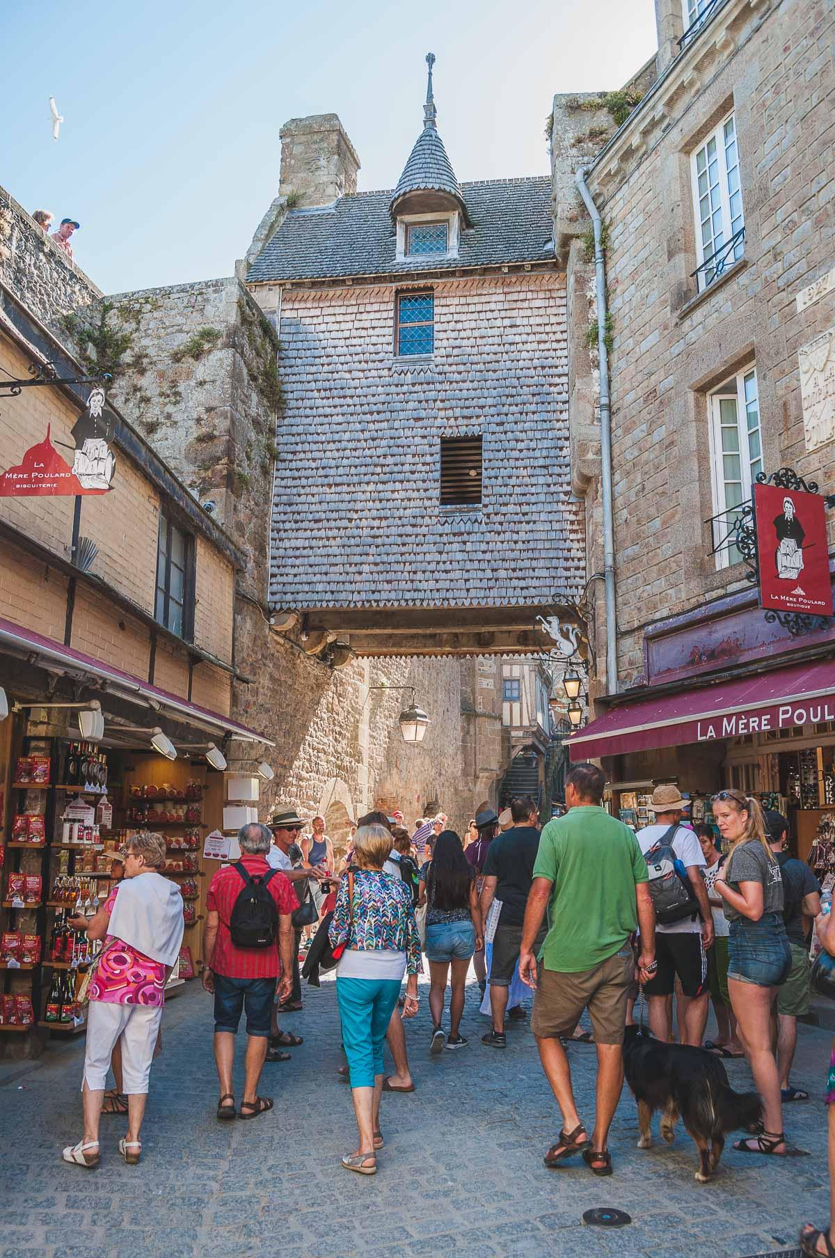 La grande rue Le Mont Saint-Michel