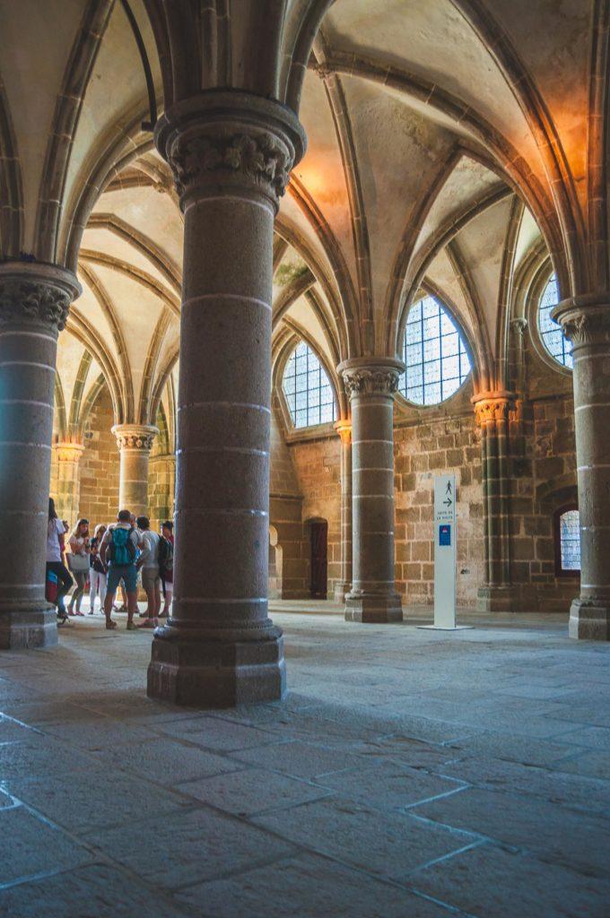 Salle des chevaliers Mont Saint-Michel