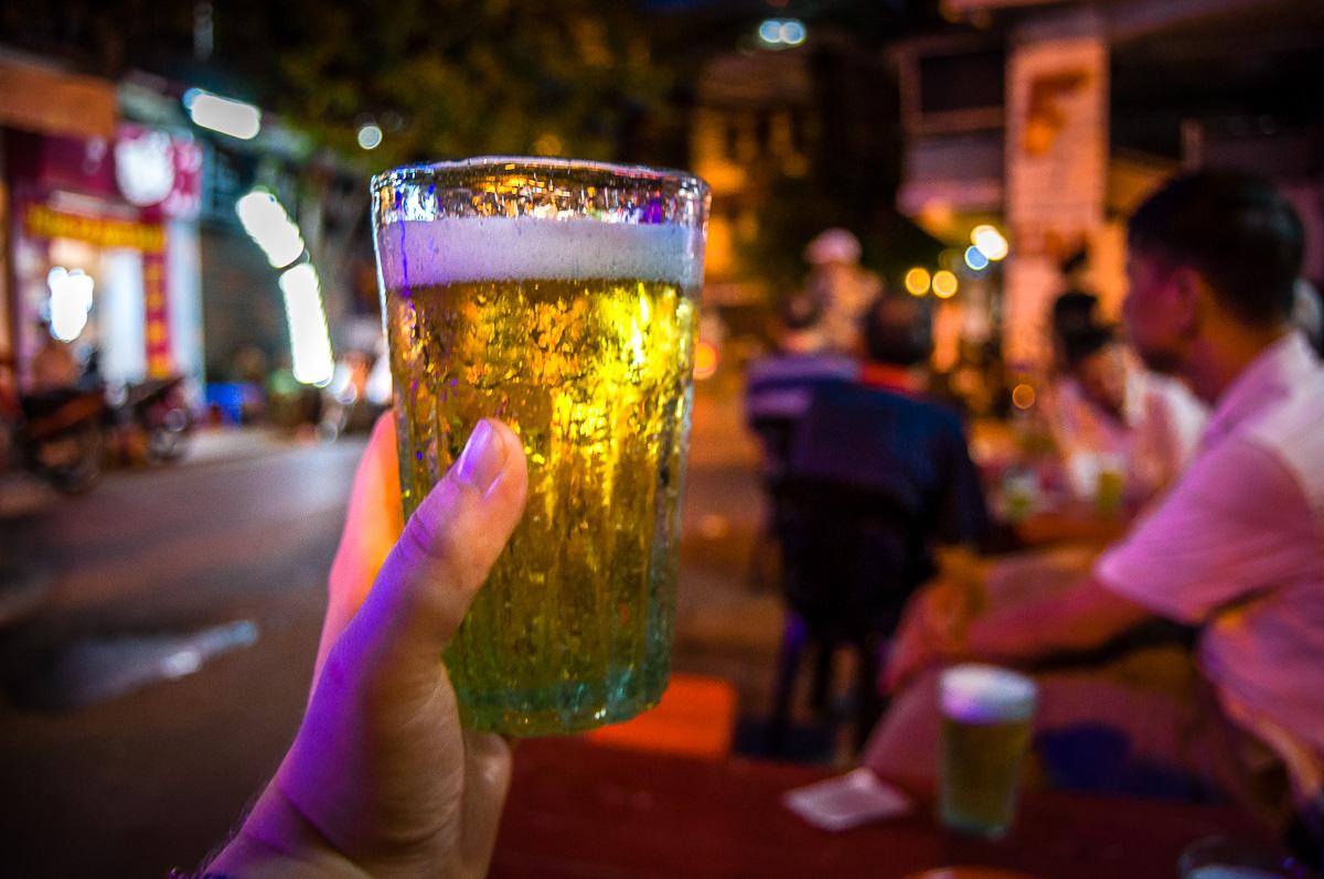 Bia Hoi bier in Hanoi